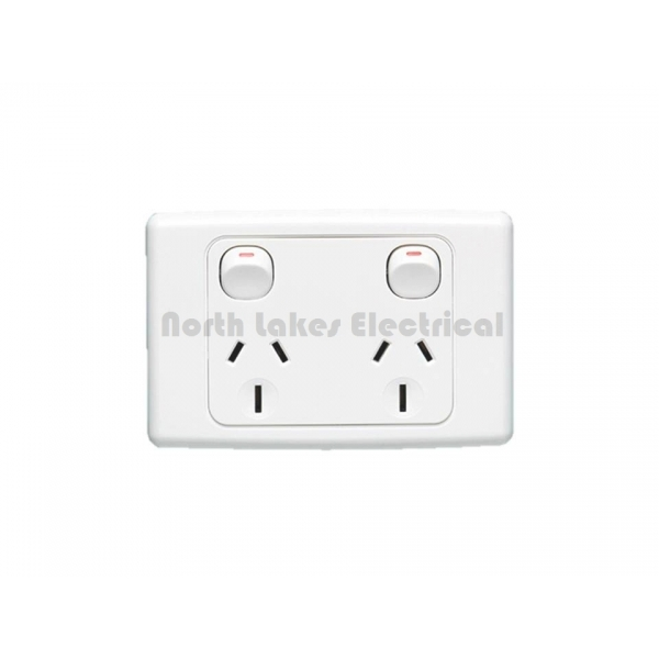 15amp clipsal 2000 series double power outlet